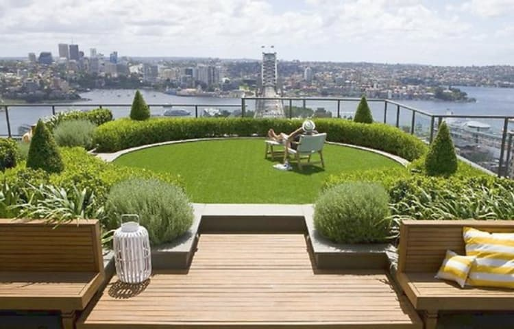 How to Create an Urban Garden Using Artificial Grass