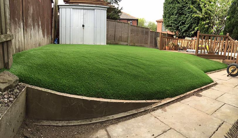 A Guide to Fitting Artificial Grass on a Slope